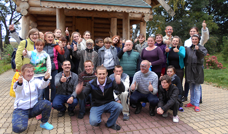 Фото с волонтёрами