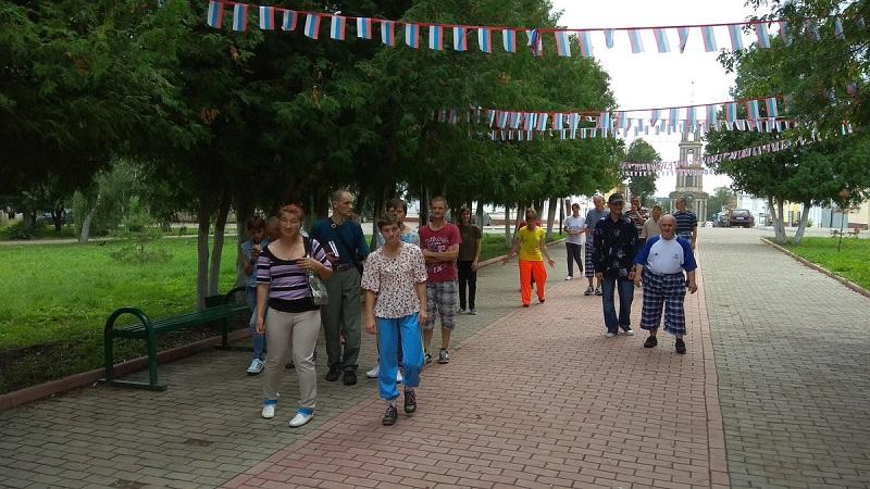 Гуляем по скверу