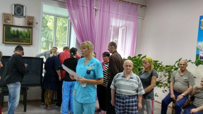 Мед. работник и пациенты